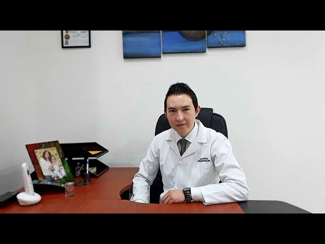 Dr. Paúl Estrella, cirujano de retina y vítreo 2