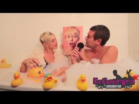 Just Cyrus (sosie de Miley Cyrus) dans le bain de Jeremstar - INTERVIEW
