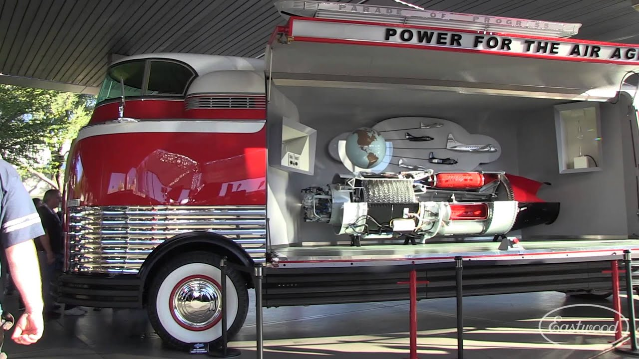 1939 Gm Futurliner Quot Parade Of Progress Quot At Sema 2014 From Eastwood Youtube