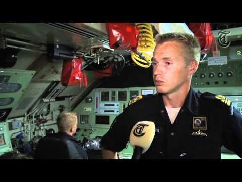 Sail: Telegraaf aan boord van Hr. MS Walrus