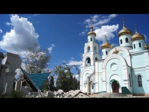Church in Ukraine's Slavyansk damaged by shelling