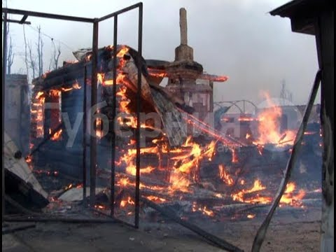 Пожар уничтожил пять домов и автосервис на окраине Хабаровска. MestoproTV