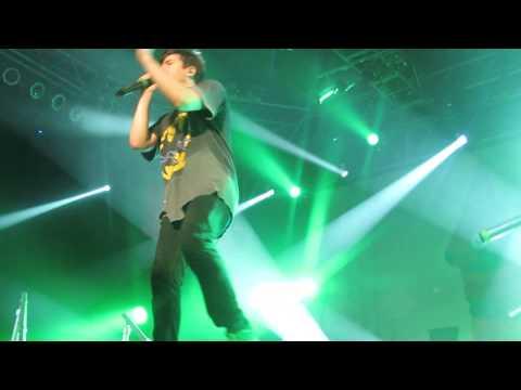 Hoodie Allen - No Interruption (Live)