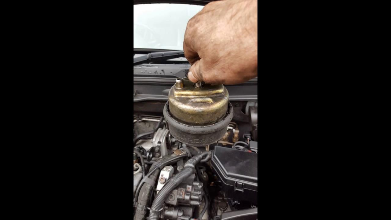 volvo xc90 2 4 diesel 2004 vacuum problem  interior fuse box location 2003 2014