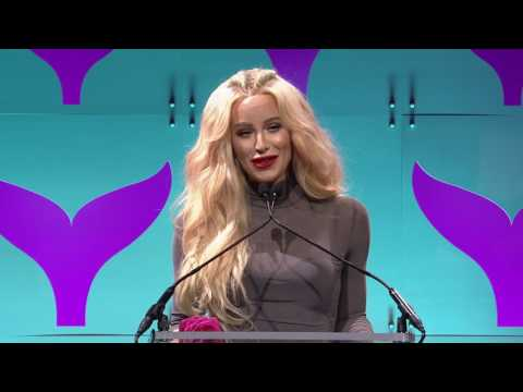 Gigi Gorgeous Wins YouTuber of the Year