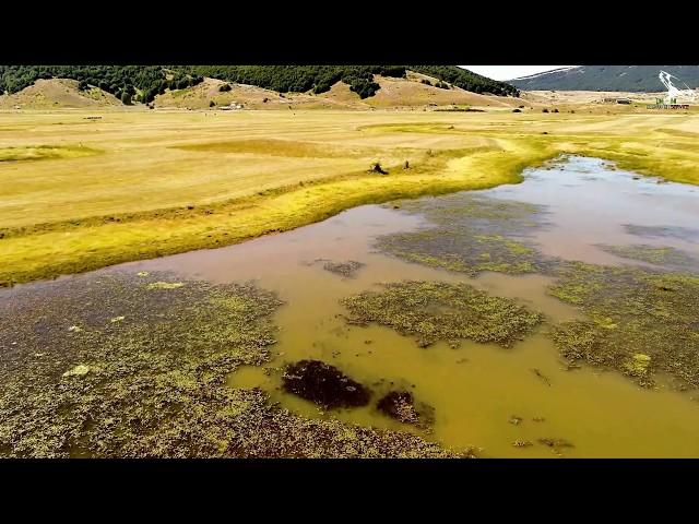 Altopiano Di Rascino, il Lago - spettacolari riprese aeree - 25-07-2019