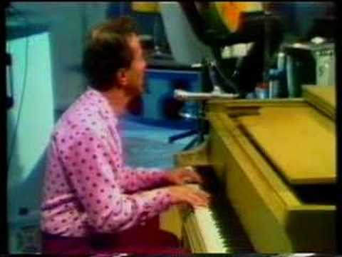 Marty Robbins Sings 'Candy Kisses.'