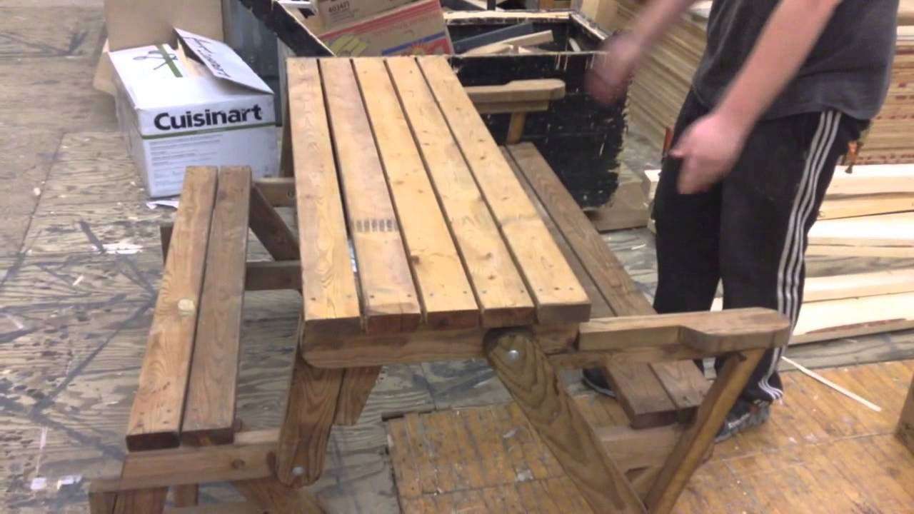 Combo Foldable Picnic Table/Bench. - YouTube
