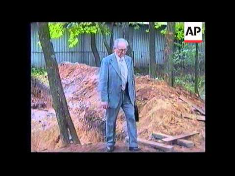 LITHUANIA: MASS GRAVE OF KGB VICTIMS DISCOVERED