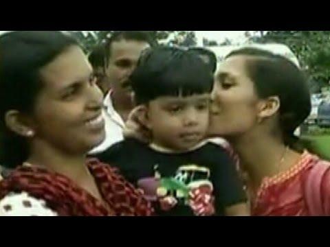 Kerala CM  thanks Sushma Swaraj for the evacuation of nurses