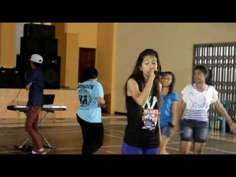 FEMALE MC Live Perform ft RACONG POWER DANCE
