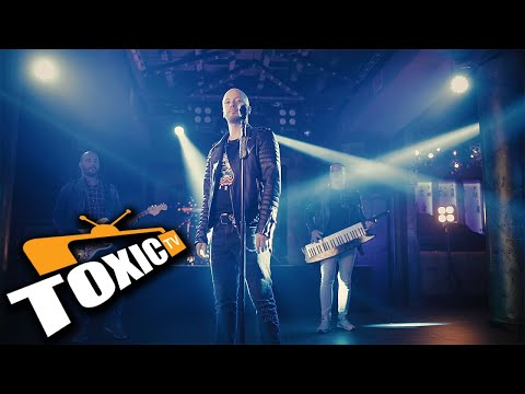 MIRKO PLAVSIC - MALO (OFFICIAL VIDEO)