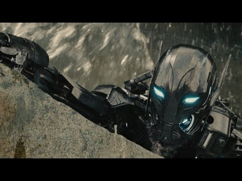 'Avengers: Age Of Ultron' Comic Con Trailer