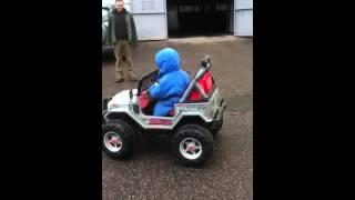 Peg perego электромобиль