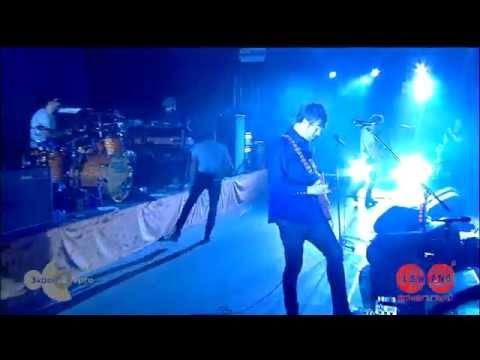 Kaiser Chiefs - Oh My God - Lowlands 2014