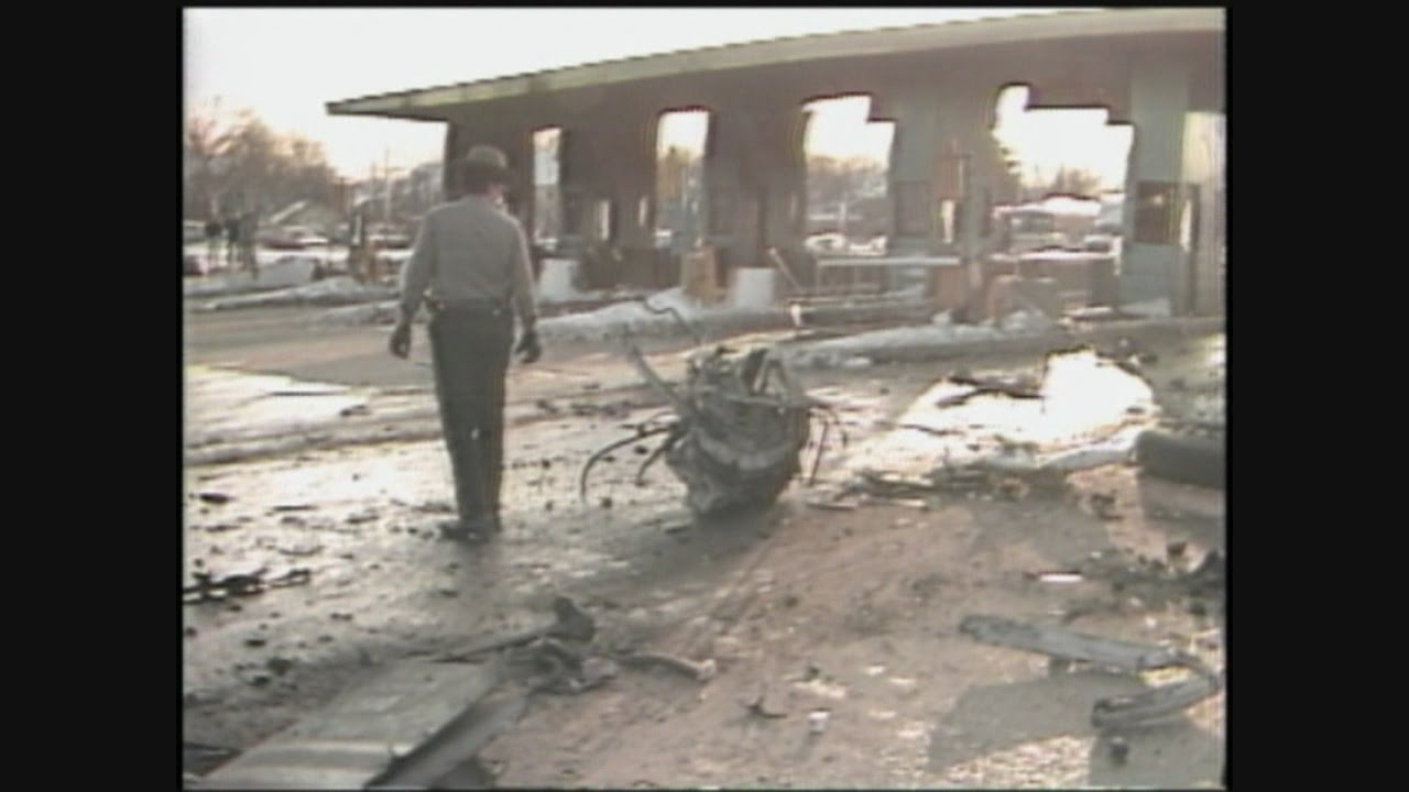Original 1983 Story of Deadly Toll Plaza Accident