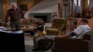 "Frasier cuarta temporada capitulo 16 ""El Inepto"" 3/3 (Audio Latino)"