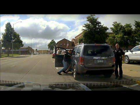Dash cam video of Anthony Promvongsa's arrest