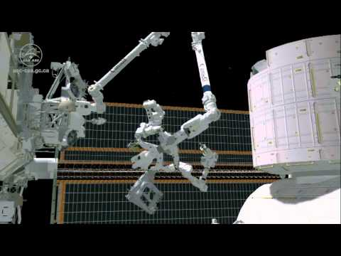 Robot, heal thyself: Dextre becomes the first robot to repair itself in space