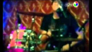 Speak Up -Sunset Slave Live at JakTV