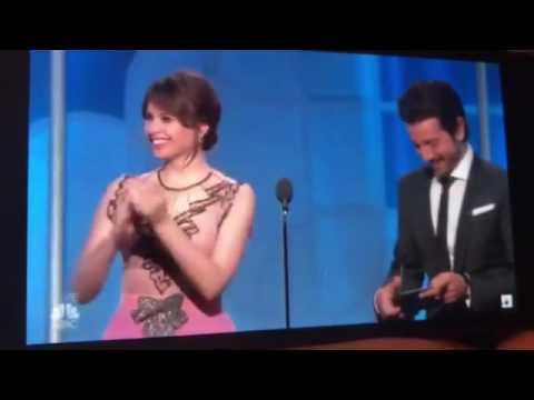 Golden Globes 2017 FAIL- Emma Stone Awkward Hug with Damien Chazelle