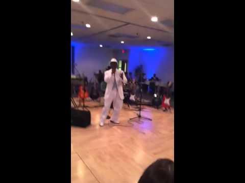 Kel B singing Ne-Yo's