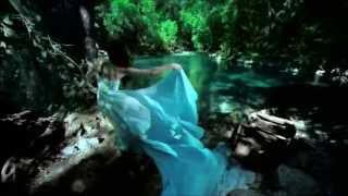 Eve Brenner:Le matin sur la rivière(1976) HD