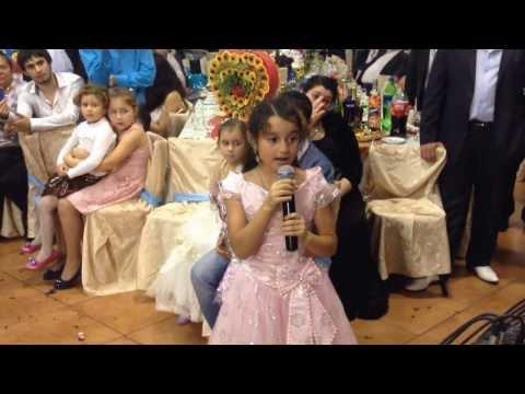 Мелана поёт!