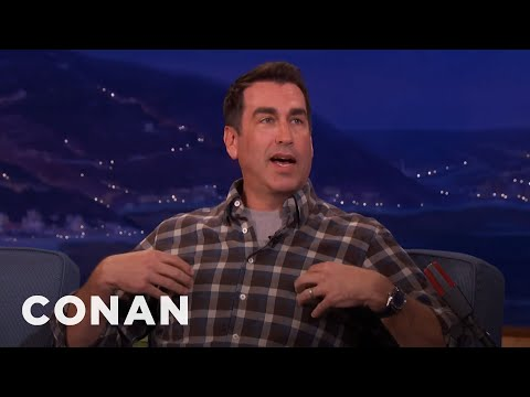 Rob Riggle's Marathon Advice For Kevin Hart: Protect The Nipples   CONAN on TBS