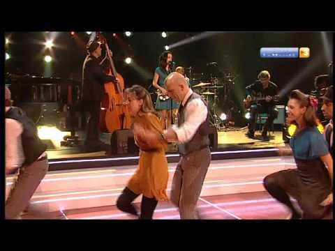 "Joan Chamorro i Andrea Motis Quintet+Swing Maniacs - "" Twenty four hours a day """