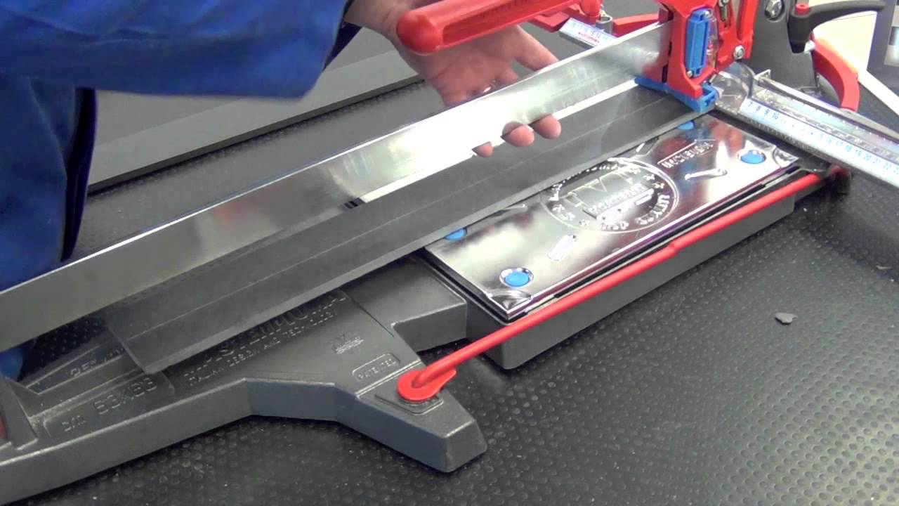 Cutting Porcelain Tile 10mm with manual tile cutter - YouTube
