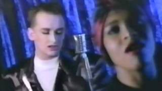 Watch Boy George Dont Cry video