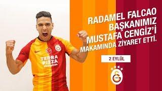 Radamel Falcao, Başkanımız Mustafa Cengiz'i makamında ziyaret etti. - Galatasaray