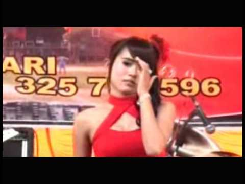 Penyanyi dangdut cantik - Cabe cabean - Goyang seksi hot 2015