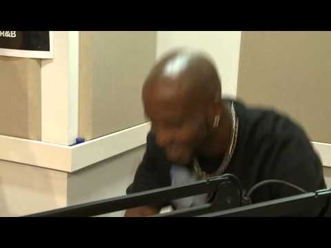 X-Mas Spirit: DMX Sings Rudolph The Red-Nosed Reindeer!