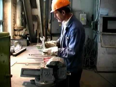 Инструкция по охране труда при работе с инструментом - YouTube