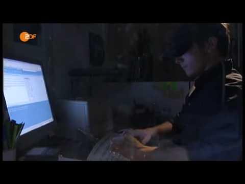 ZDF-heute Enlarvt Fisting Attacke! thumbnail