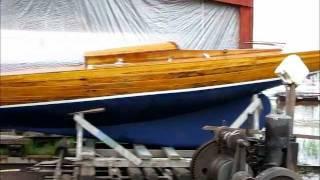 Vivace Hai Fin74 vesillelasku