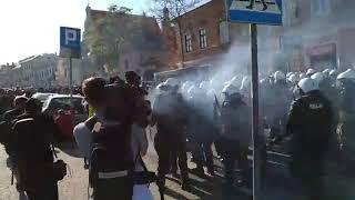 Mega AWANTURA i burda z policją w Lublinie na marszu równości LGBT!
