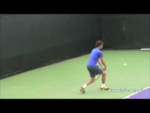 Gilles Simon Backhands in Slow Motion