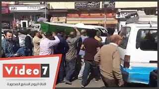 """بالفيديو..تشييع جنازة عبد الرحمن خير من السيدة زينب.. والعزاء السبت بـ""""عمر مكرم"""""""