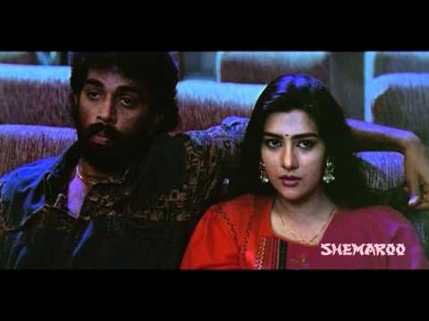 Money Money - Chakravarthy, Surabhi Love in a theatre