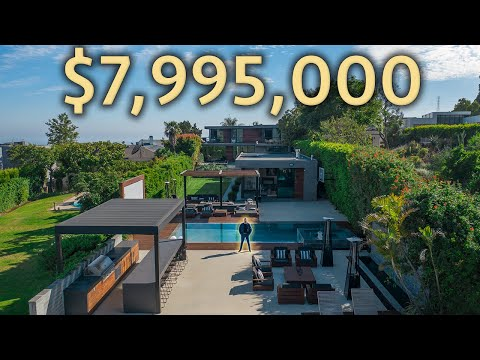 Touring a $7,995,000 HOLLYWOOD HILLS Modern Home with views of the HOLLYWOOD Sign!