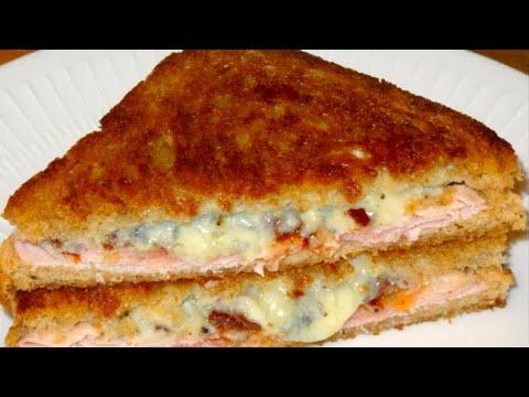 "toast-/-sandwich-frit---toast-""grilled-cheese""-au-fromage-bleu-fondu-&-jambon---recette-#140"