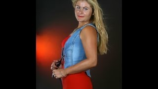 Ioana Maria Lupascu plays Mussorgski (2)