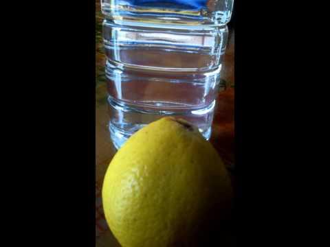 Perchè bere acqua e limone?