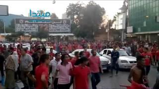 فيديو| الألتراس الأهلاوى يغلق محطة الأوبرا