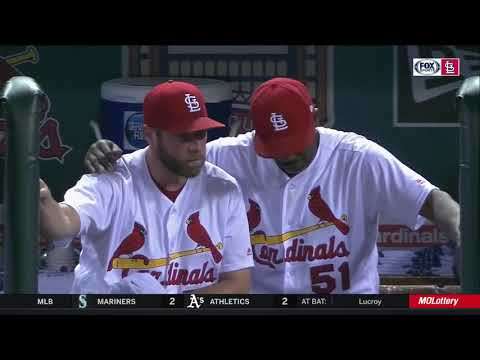 Willie McGee lifts Greg Holland up after another rough outing