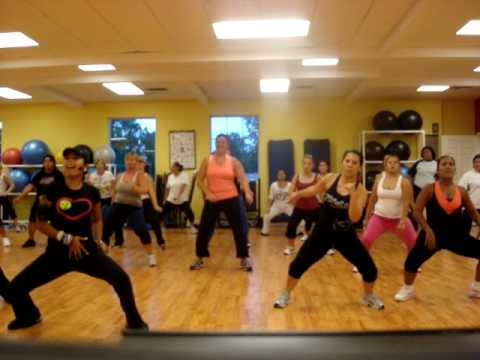Zumba  1 2 3 with Kelly