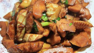 Stewed bamboo shoots with soysauce 油焖春笋